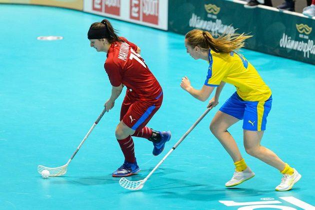 Natálie Martináková si proti Švédkám připsala dva góly.