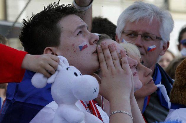 Fanoušci se sešli na Staroměstském náměstí podpořit hokejovou reprezentaci v boji o bronz.