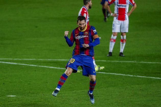 Radost barcelonské hvězdy Lionela Messiho po vstřelení gólu ve španělské lize.