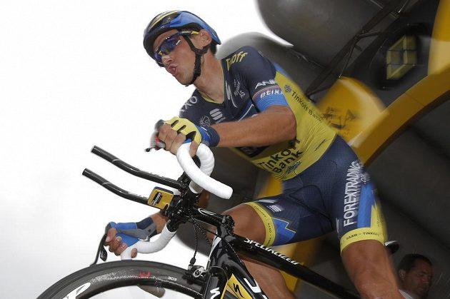 Roman Kreuziger na startu středeční časovky jednotlivců na Tour de France.