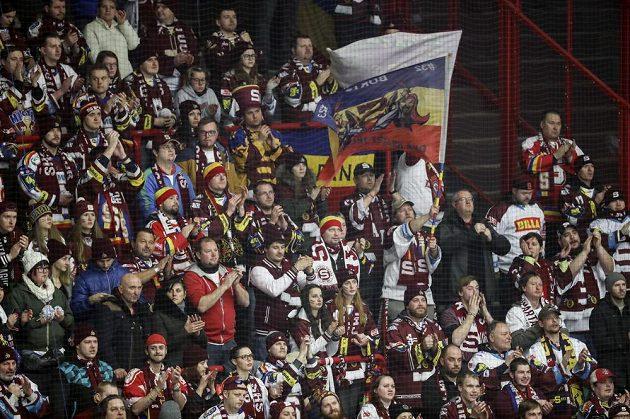 Sparťanští fanoušci během finále Ligy mistrů v Göteborgu.