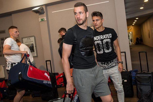 Michael Lüftner (uprostřed) a Aleš Matějů během srazu reprezentace do 21 let před nadcházejícím ME v Polsku.