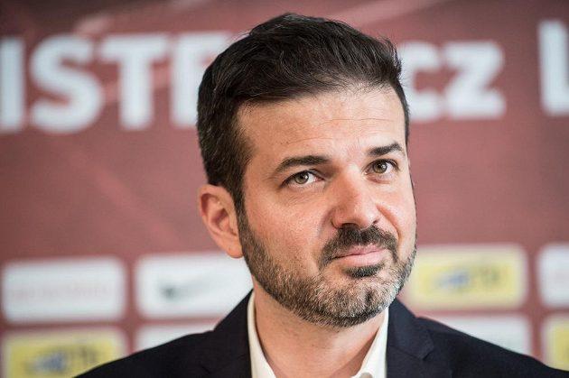 Nový trenér Sparty Praha Andrea Stramaccioni během tiskové konference před zahájením sezóny 2017/2018.