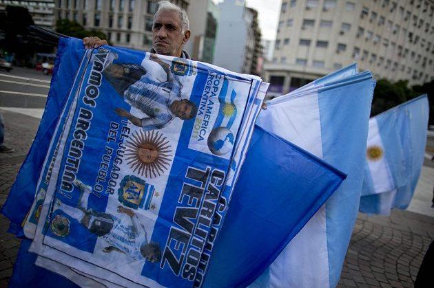 Fanoušek v ulicích Buenos Aires protestoval proti nominaci národního týmu na MS, v které chybí oblíbenec Albiceleste Carlos Tévez.