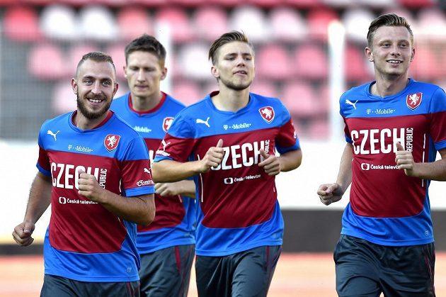 Zleva Jiří Skalák, Milan Škoda, Martin Frýdek a Ladislav Krejčí během tréninku české fotbalové reprezentace.