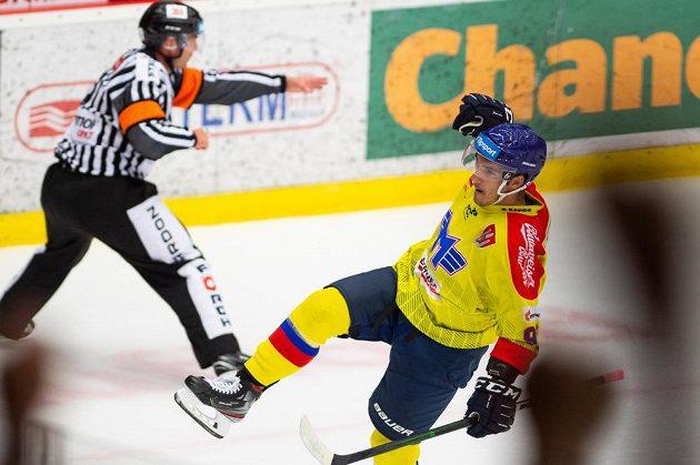 Střelec prvního gólu Budějovic Zdeněk Doležal během utkání hokejového poháru Generali České pojišťovny.