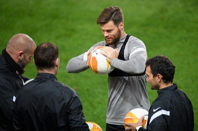 Ondřej Čelůstka ze Sparty Praha během tréninku před utkáním s Lille.