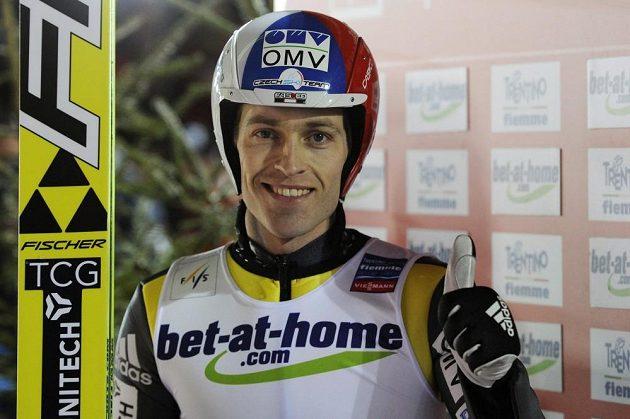 Český skokan na lyžích Jan Matura byl na mistrovství světa ve Val di Fiemme s pátým místem z velkého můstku spokojen.