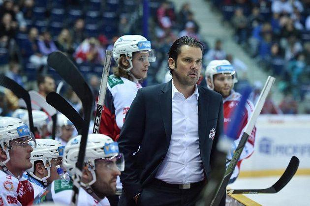 Trenér Pardubic Pavel Rohlík opět prohrál. Tentokrát vyhrál nad týmem z východu Čech Liberec.