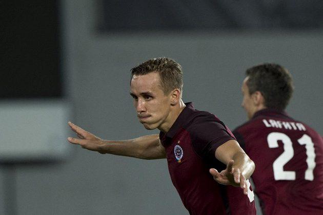 Josef Šural ze Sparty se raduje z gólu.