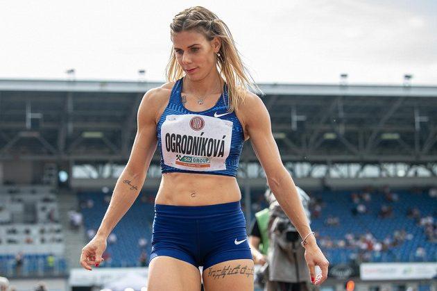 Oštěpařka Nikola Ogrodníková během atletického mítinku Zlatá tretra.