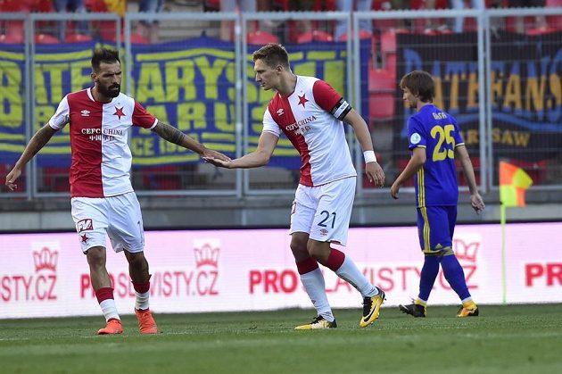 Milan Škoda (vpravo) a Danny ze Slavie po vstřelení prvního gólu proti Borisovu.