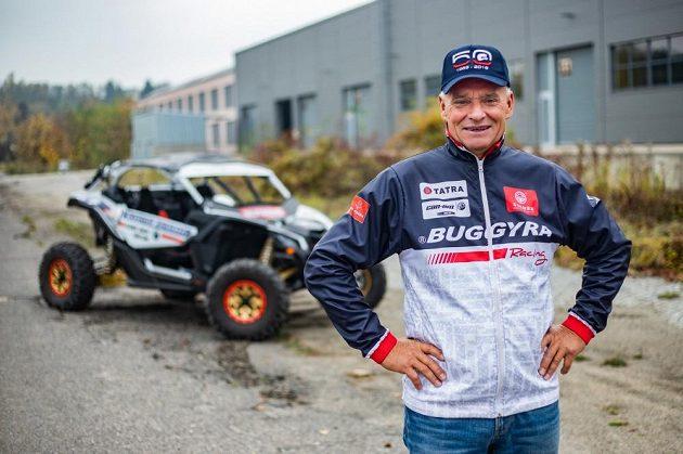 Josef Macháček pojede Dakar s buginou v barvách týmu Buggyra.
