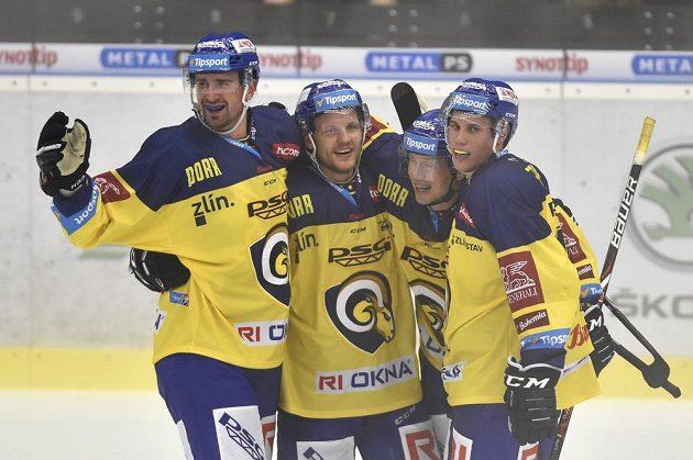 Hráči Zlína se radují z vítězství, zleva Jakub Ferenc, Ralfs Freibergs, Pavel Kubiš a Tomáš Fořt.