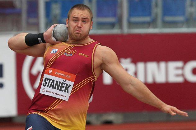 Tomáš Staněk skončil na Zlaté tretře v Ostravě třetí ve vrhu koulí.