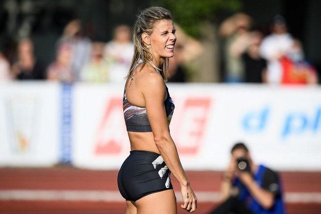 Nikola Ogrodníková během atletického mítinku Kladno hází 2020.