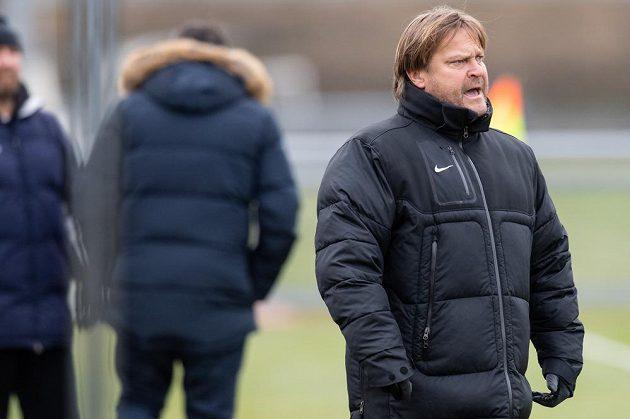 Bývalý hráč Sparty, nyní trenér Vltavínu Martin Frýdek během přípravného utkání v rámci zimní přípravy.