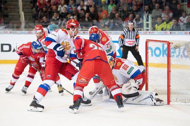 Michal Řepík střílí gól Rusům.