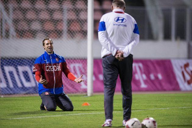 Brankář Petr Čech na tréninku české fotbalové reprezentace před přípravnými zápasy se Srbskem a Polskem.