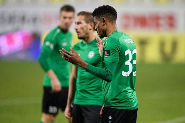 Příbramský zadák Olivier Kingue viděl už ve 4. minutě utkání s Baníkem Ostrava červenou kartu.