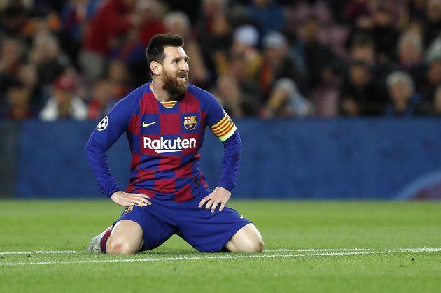 Ten brankář Slavie je fakt dobrej, jako by si říkal Lionel Messi z Barcelony poté, co mu Ondřej Kolář zmařil v úvodní půli dvě obrovské šance.