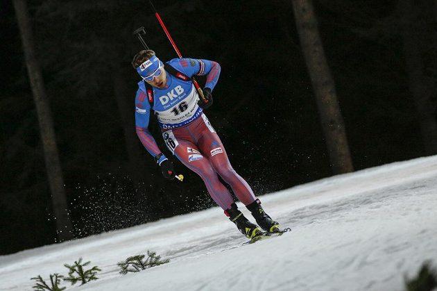 Ruský biatlonista Anton Šipulin během sprintu v Novém Městě na Moravě.