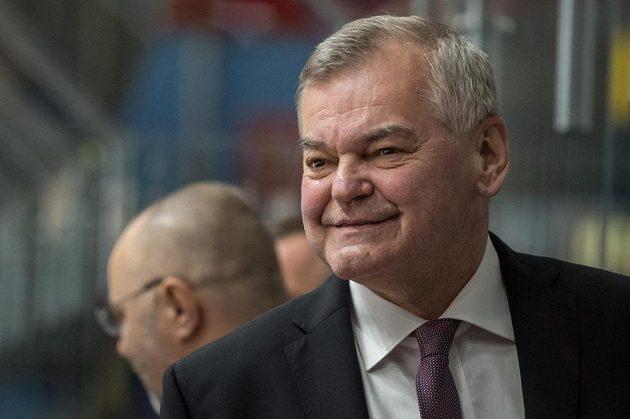 Trenér Vladimír Vůjtek během utkání proti Švédsku ve Znojmě.