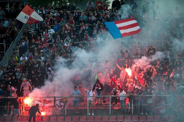 Fanoušci Brna během utkání se Spartou.