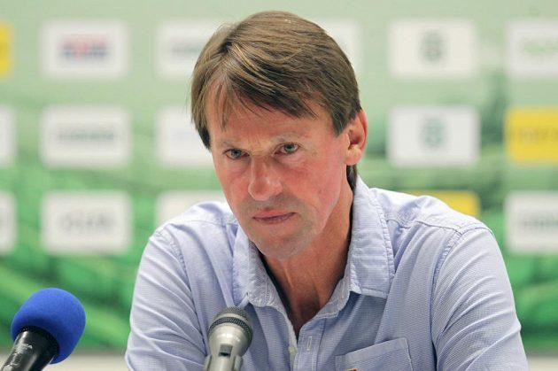 Trenér Karviné František Straka na tiskové konferenci po zápase s Libercem.