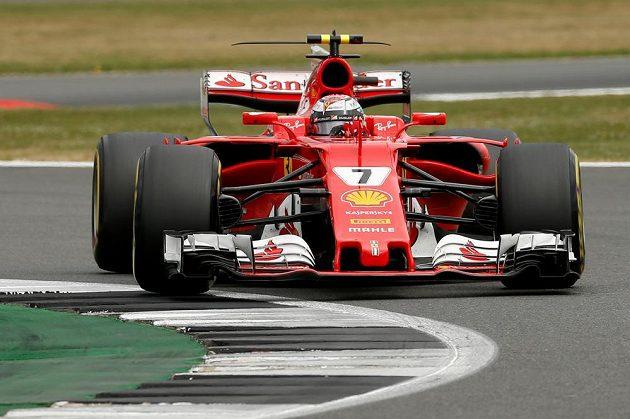 Fin Kimi Räikkönen s ferrari při GP Británie.