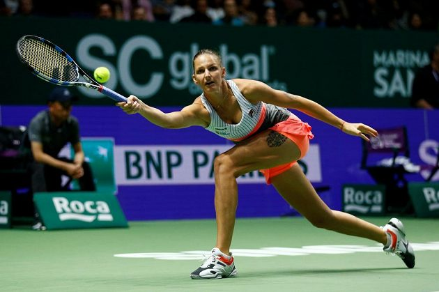 Česká tenistka Karolína Plíšková ve druhém utkání na Turnaji mistryň.