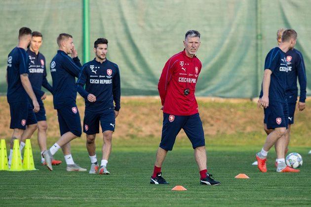 Trenér Jaroslav Šilhavý během tréninku české fotbalové reprezentace.