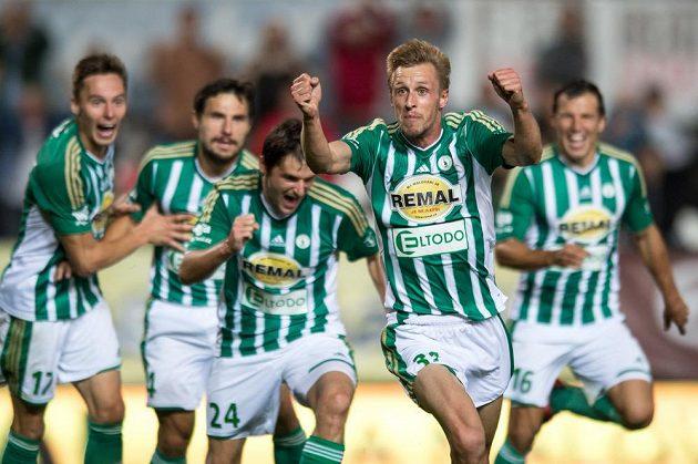 Tomáš Berger z Bohemians oslavuje vítězný gól proti Příbrami.