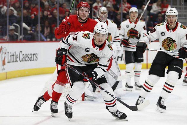 Chicago vyhrálo na ledě Detroitu 5:4 po prodloužení