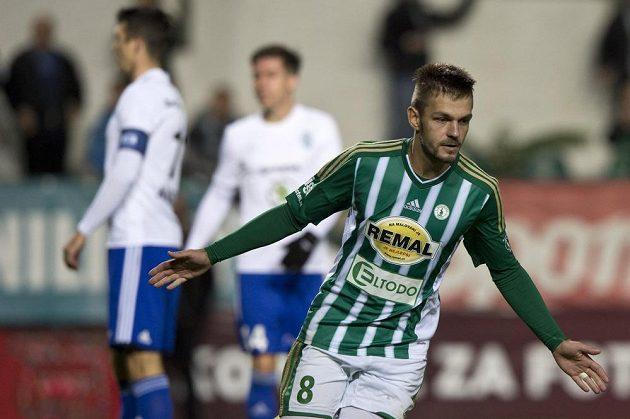 Milan Jirásek z Bohemians se raduje z gólu proti Boleslavi.