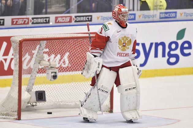 Překonaný brankář Amir Miftachov z Ruska.