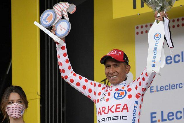Nairo Quintana z Kolumbie slaví cenu pro nejlepšího vrchaře.
