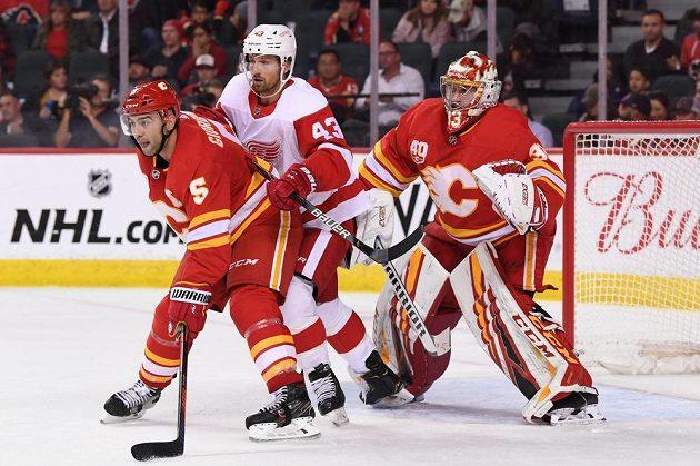 Bránkář David Rittich byl opět oporou Calgary v utkání NHL.