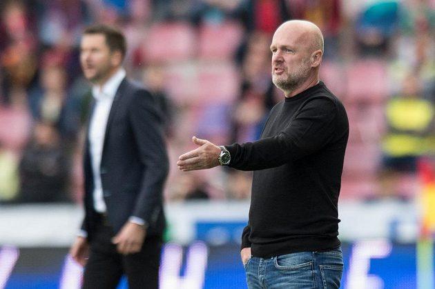 Trenér Jihlavy Michal Bílek během zápasu na Letné.