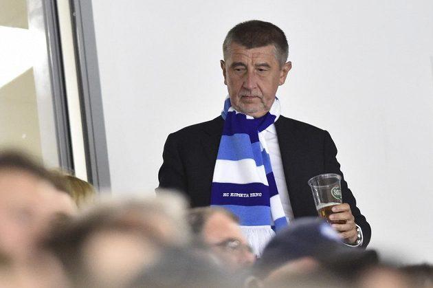 Ministr financí Andrej Babiš mezi diváky při třetím finále Brno - Liberec.