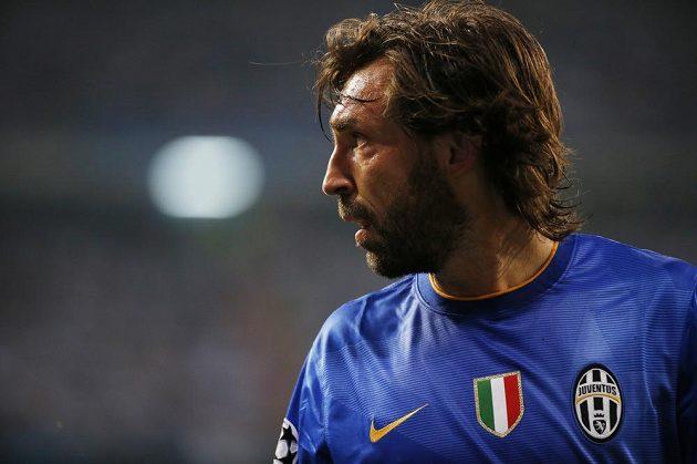 Záložník Juventusu Andrea Pirlo