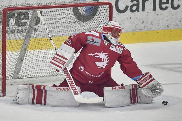 Brankář Třince Šimon Hrubec.