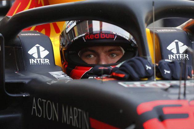 První trénink na Velkou cenu Mexika formule 1 patřil vozům stáje Red Bull. Nejrychlejší byl obhájce loňského vítězství Max Verstappen.
