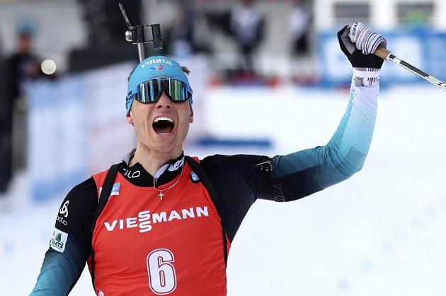 Stíhačku na biatlonovém MS vyhrál Francouz Jacquelin.