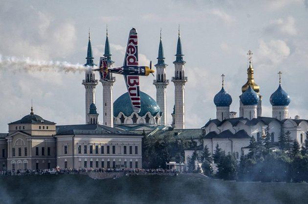 Martin Šonka nad paláci Kazaně.