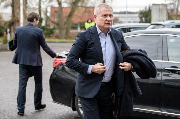 Místopředseda UEFA Grigorij Surkis během mimořádné Valné hromady FAČR.