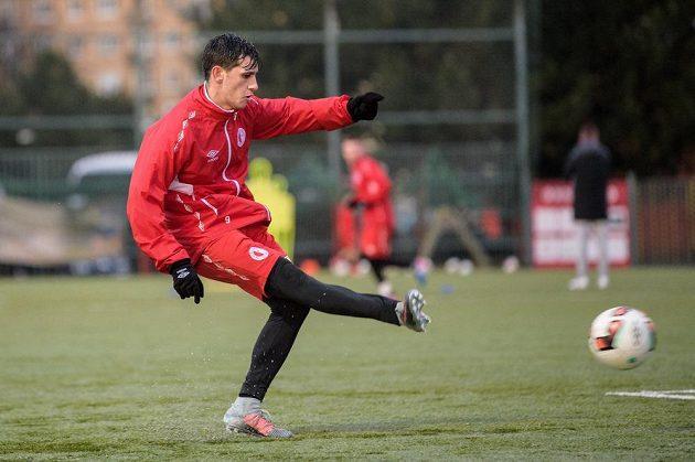 Ruslan Mingazov ze Slavie Praha během zahájení zimní přípravy v Praze.