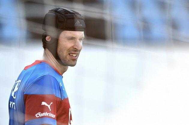 Petr Čech během tréninku české fotbalové reprezentace.