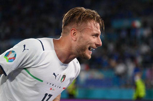 Ciro Immobile dal druhý gól Italů proti Turecku.