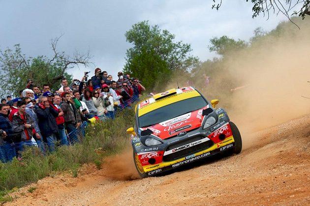 Ford Fiesta WRC Martina Prokopa na trati Portugalské rallye.